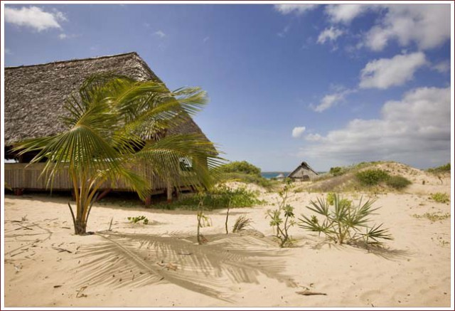 Kizingo-beach-resort-banda-exterior