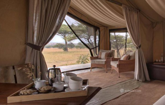 Naboisho-Camp-guest-tent-interior-view-2