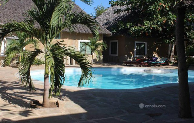 Diani-Campsite-&-cottages-Pool-Area