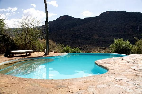 Nanyuki-Il Ngwesi-Lodge-swimming-pool